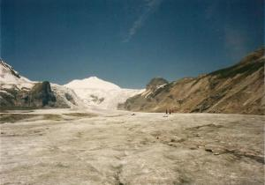 A bit further up the glacier